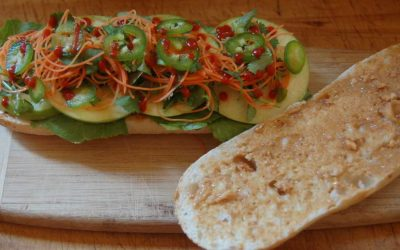 Veganing Day 2: Hearty Oatmeal Breakfast, Salad Lunch, and Bánh Mì Chay Dinner